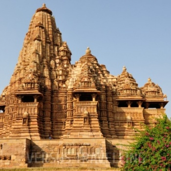 Classic India with Khajuraho Tour
