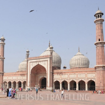 Rise and fall of the mughal - historical tour